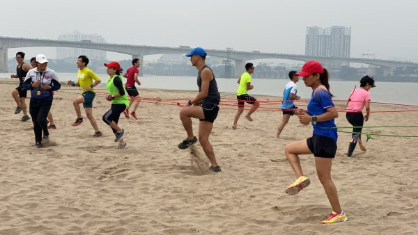 hoc vien dang quang marathon huan luyen the luc