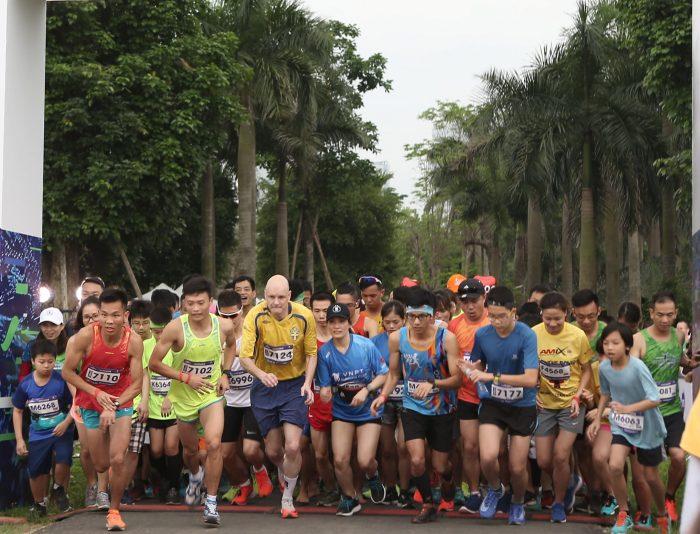 giai chay bo ecopark city trail marathon 2020