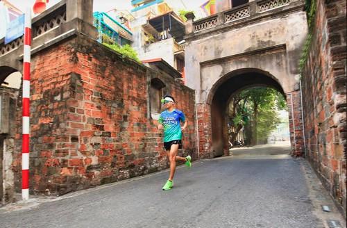 giai chay bo vpbank ha noi marathon heritage race 2020